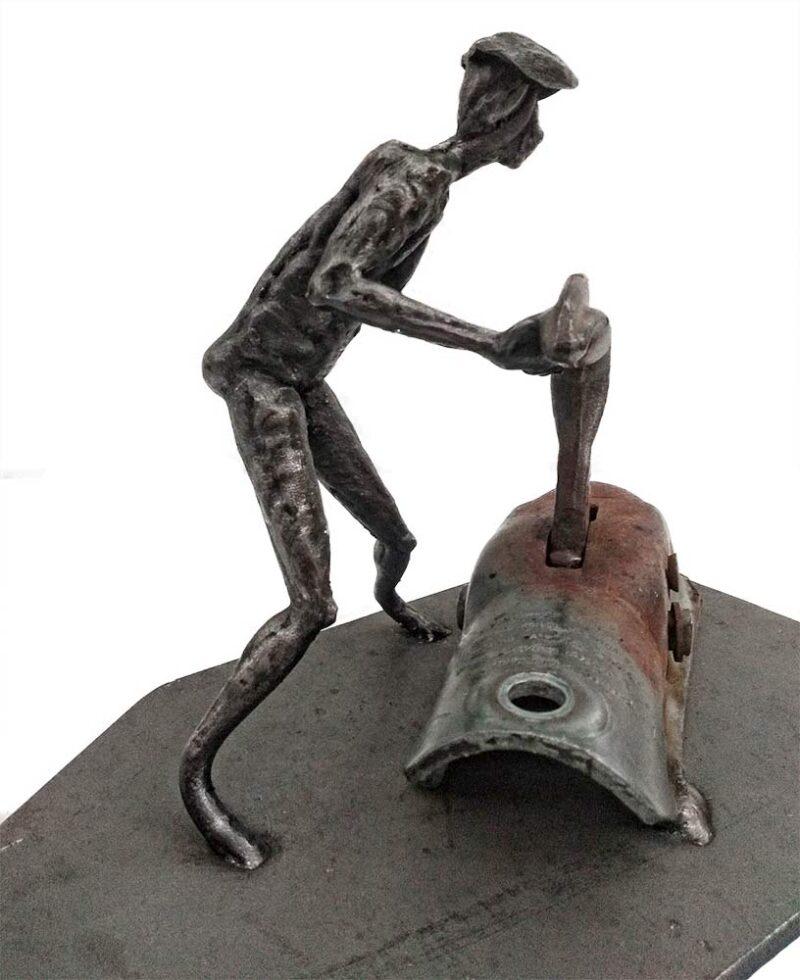 My Little helper - a unique welded steel sculpture by Norwegian artist Knut Kvannli