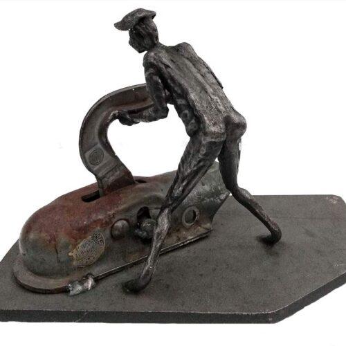 My Little helper – a unique welded steel sculpture by Norwegian artist Knut Kvannli