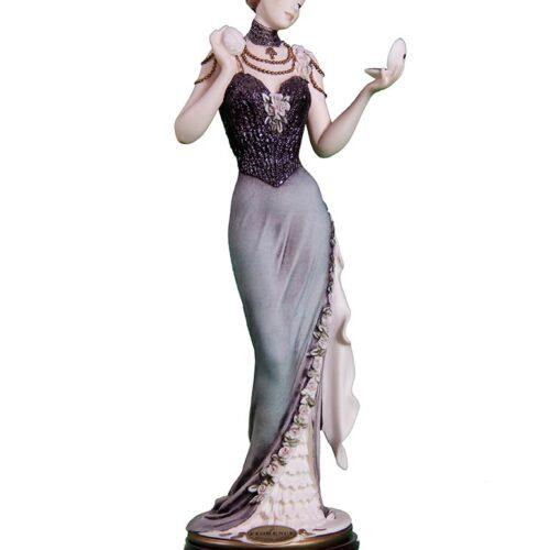 Serina a porcelain sculpture by Giuseppe Armani