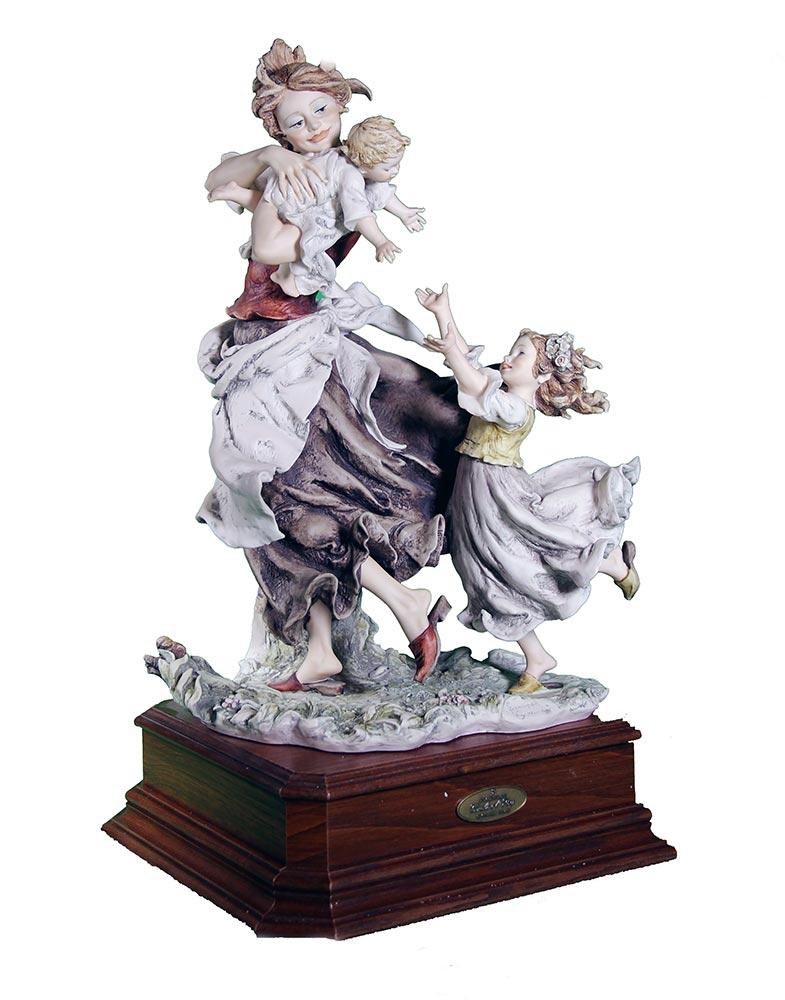 Circle of Joy a porcelain sculpture by Giuseppe Armani