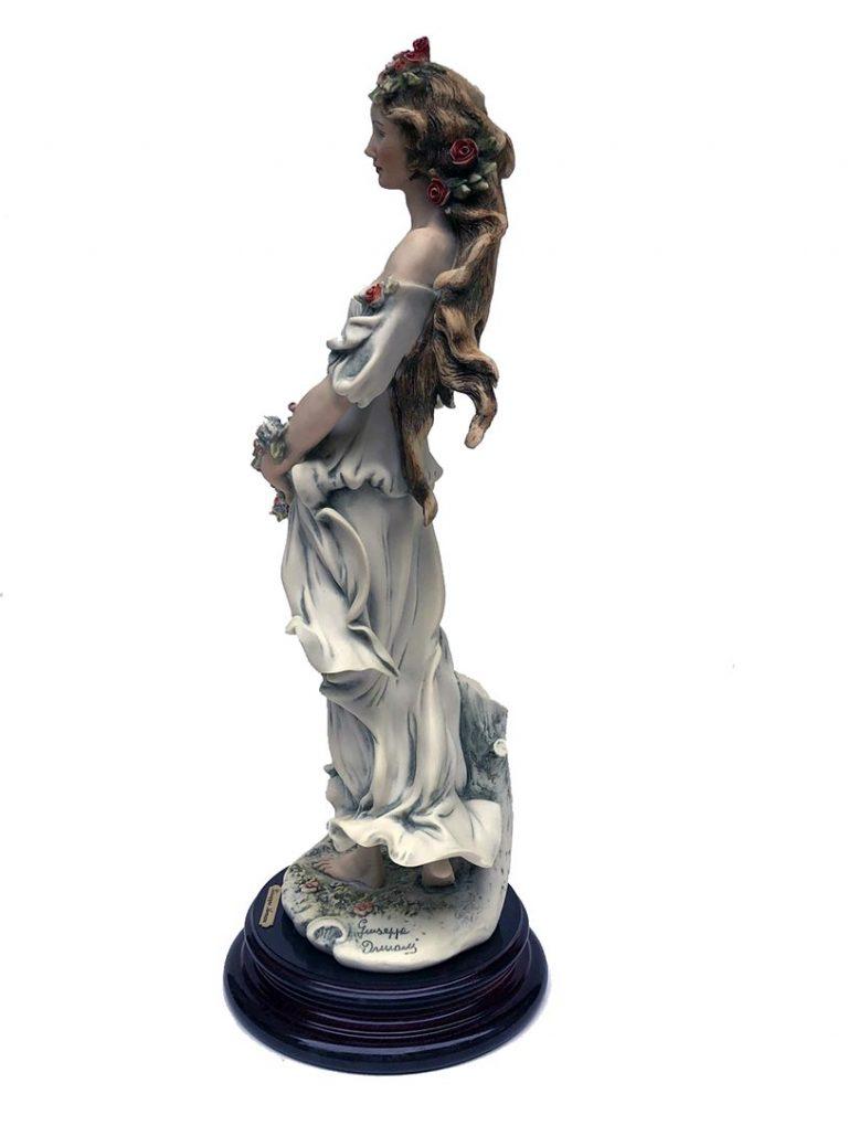Giuseppe Armani porcelain sculpture Flora