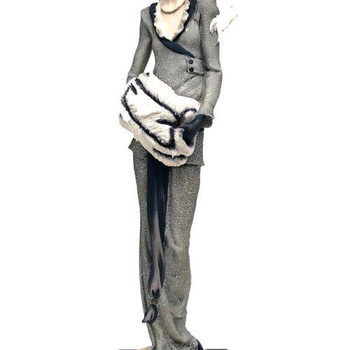 Giuseppe Armani porcelain figurine Lady with Muff