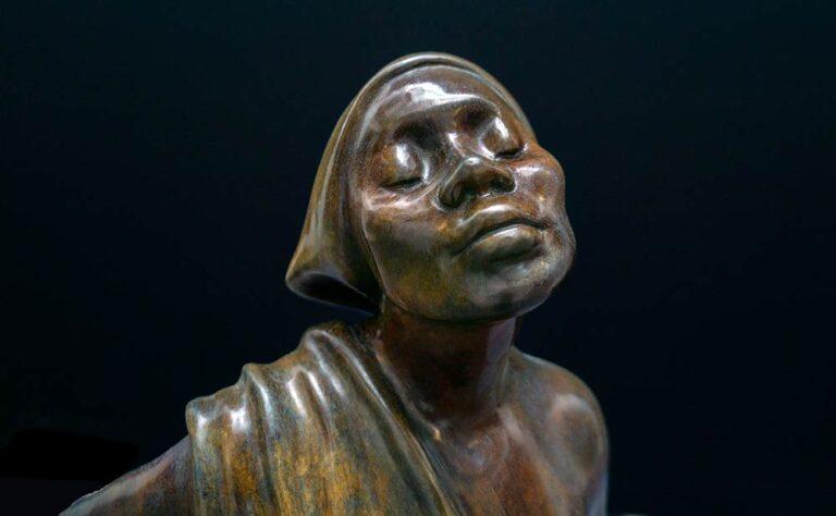 Shirley Thomson-Smith figurative bronze sculpture Mahogany