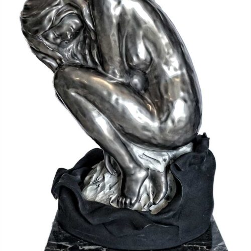 Gianni Visentin noted Italian artist -Nudo Raccolto a porcelain and platinum 950 oxide sculpture